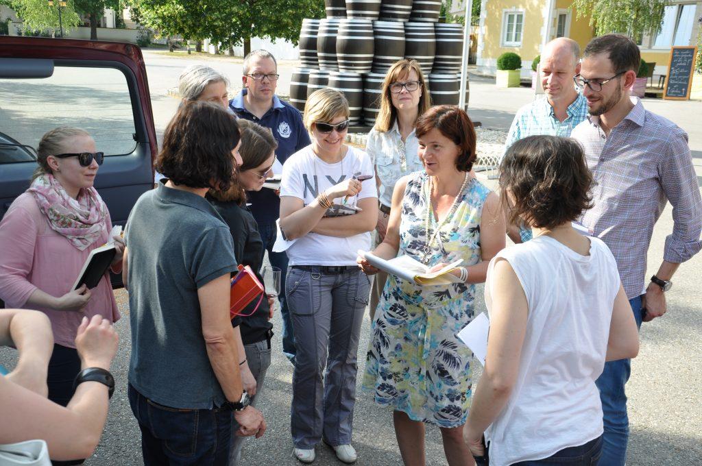 Birgit Braunstein erklärt ihre Philosophie_Sommelier-Tour-2016